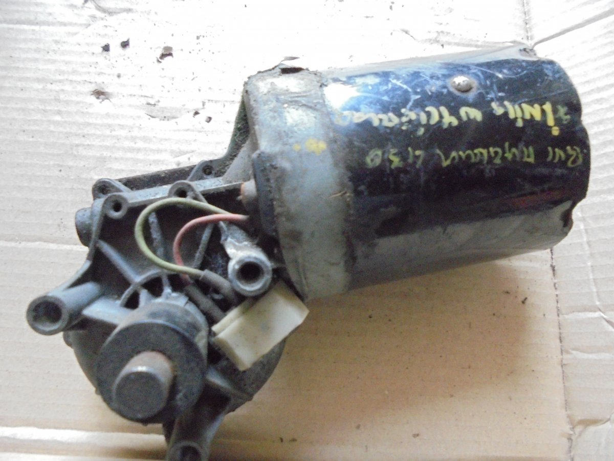 403292 silnik wycieraczek Renault Magnum 430